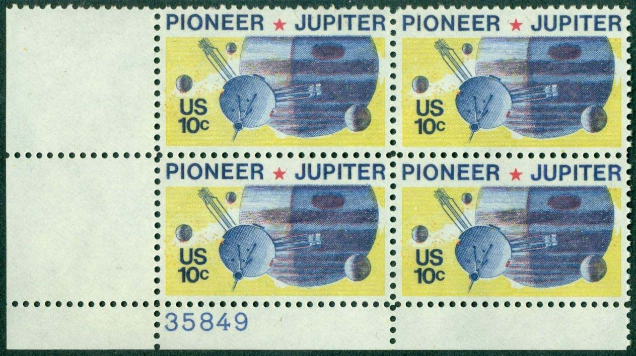 "Scott 1556 Plate Block (10 cents) <p> <a href=""/images/USA-Scott-1556-PB.jpg""><font color=green><b>View the image</a></b></font>"