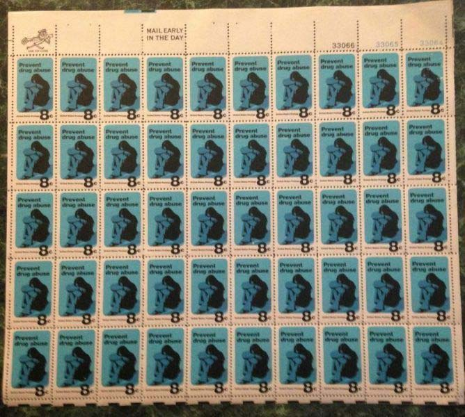 "Scott 1438 Sheet (8 cents) <p> <a href=""/images/USA-Scott-1438-Sheet.jpg""><font color=green><b>View the image</a></b></font>"